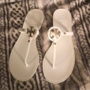 White and gold Tory Burch sandals... BRAND NEW